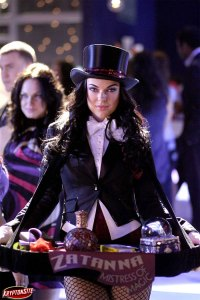 """Serinda Swan as Zatanna in """"Hex"""""""
